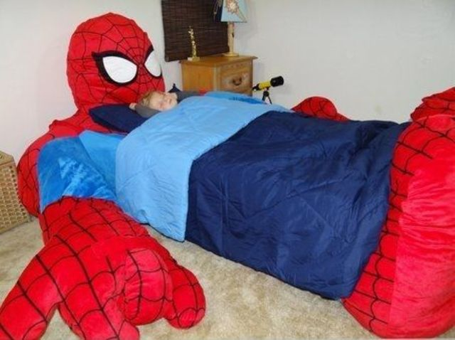 Spiderman bed for little superheroes is an exciting idea