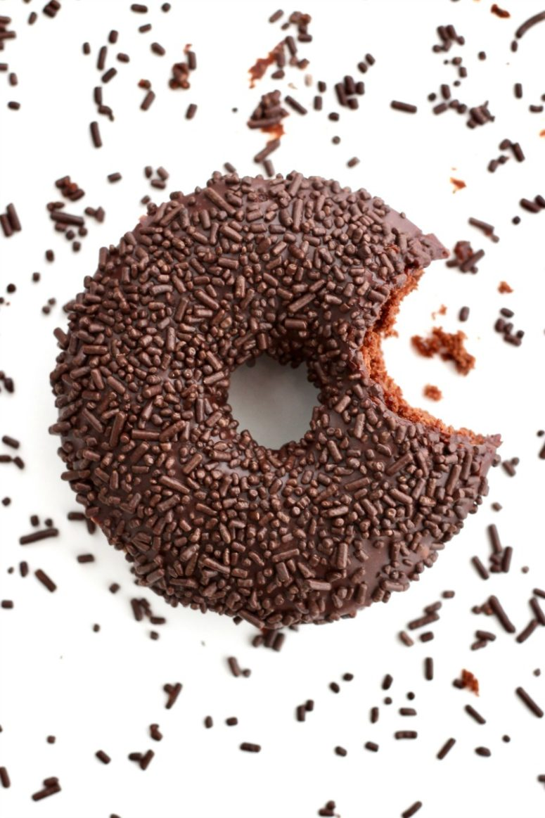 DIY triple chocolate donuts (via thebakermama.com)