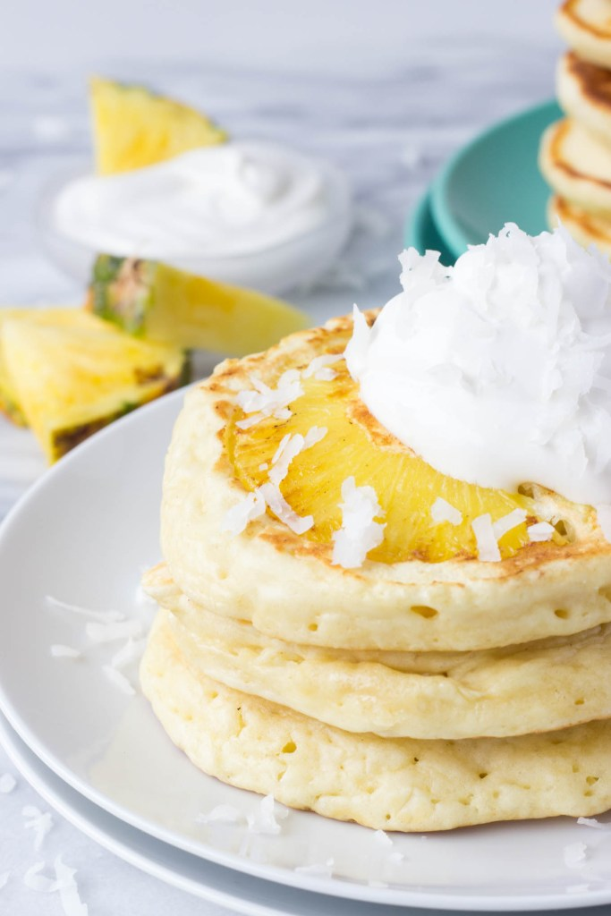 DIY pineapple coconut pancakes (via www.forkinthekitchen.com)