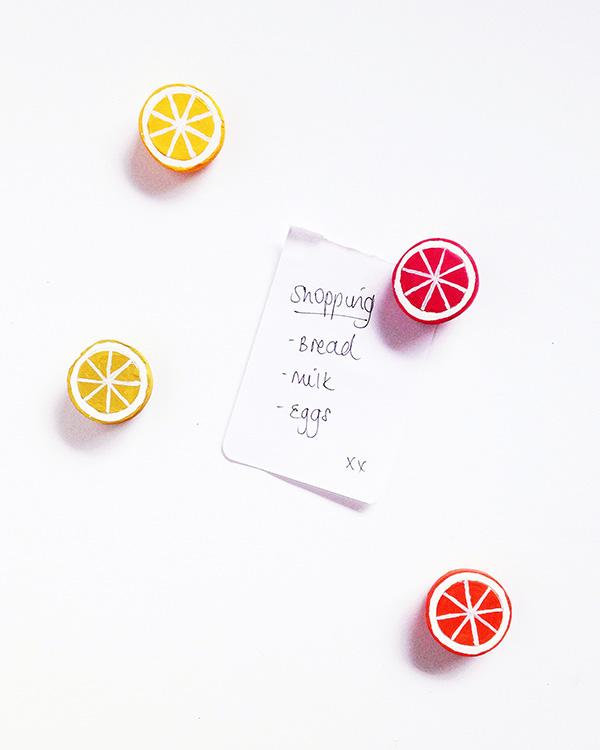 DIY citrus clay magnets (via makeandtell.com)
