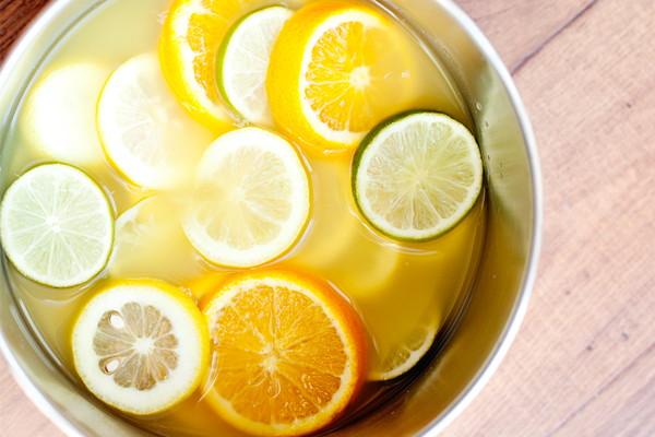 DIY summer potpourri of different types of citrus (via thekrazycouponlady.com)