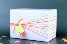 DIY neon gift wrapping