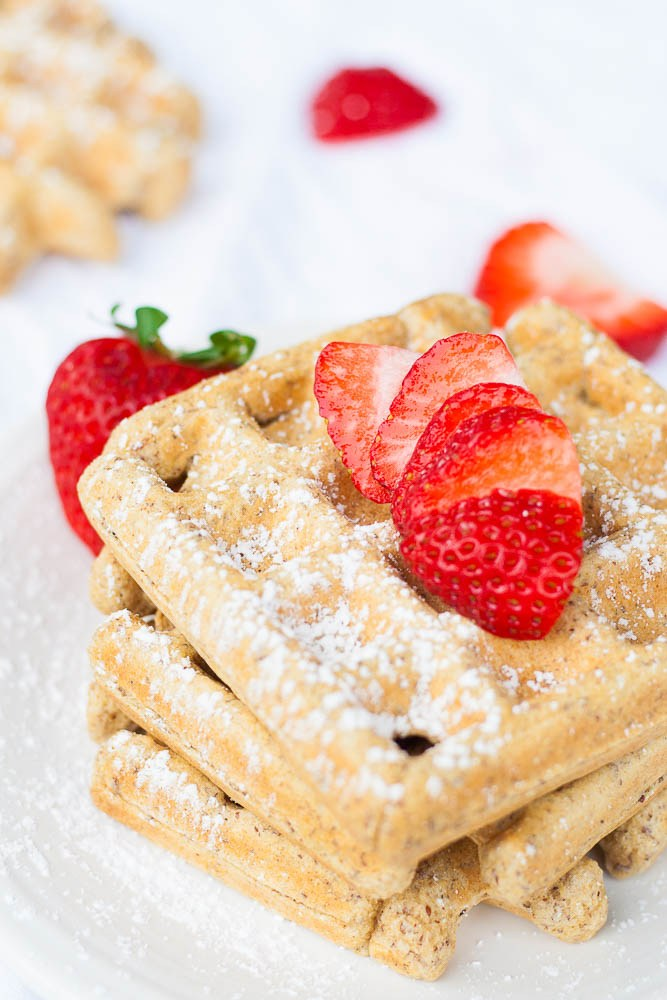 DIY vegan whole grain flax waffles (via www.plantstrongfamily.com)