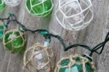 13 net float lights are a great idea for a seaside home terrace or party
