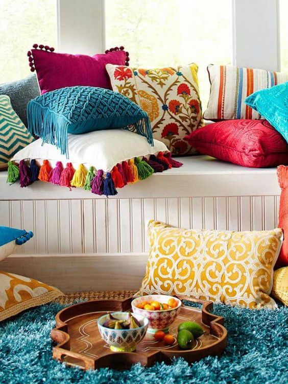decorate your pillows with colorful tassels and get summer vibes easily
