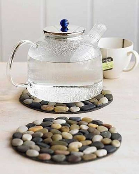 river pebble trivets are another simple and cute craft for your kitchen