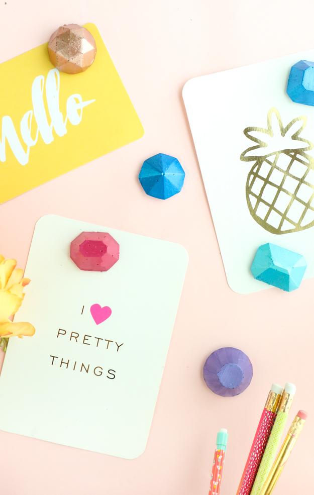 DIY metallic gem magnets (via www.akailochiclife.com)