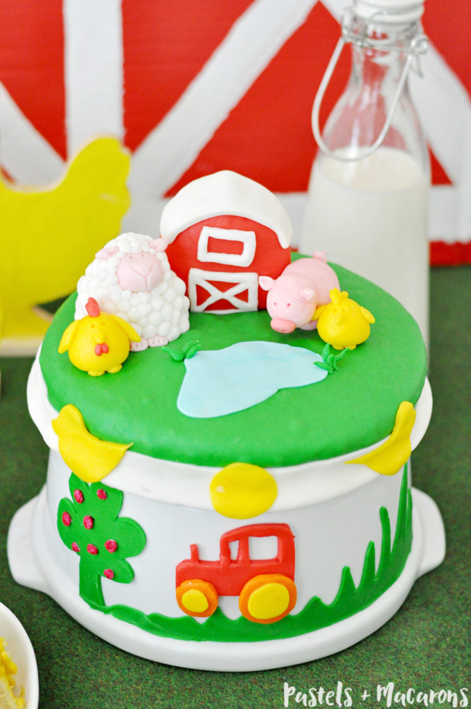 DIY fun farm animal party cake