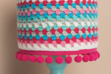DIY crochet and pompom lampshade