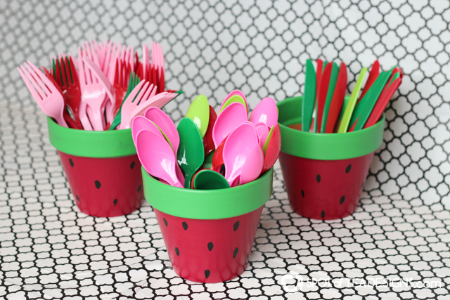 DIY watermelon terra cotta pots (via spotofteadesigns.com)