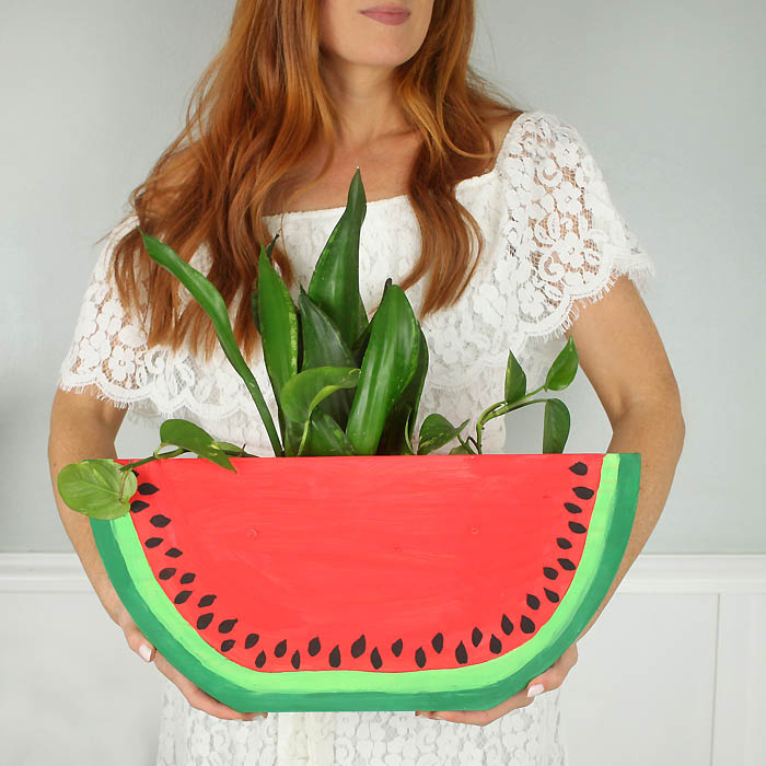 DIY watermelon slice planter (via www.gina-michele.com)