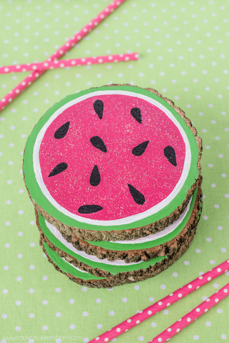 DIY wooden watermelon coasters with a touch of glitter (via www.youngatheartmommy.com)