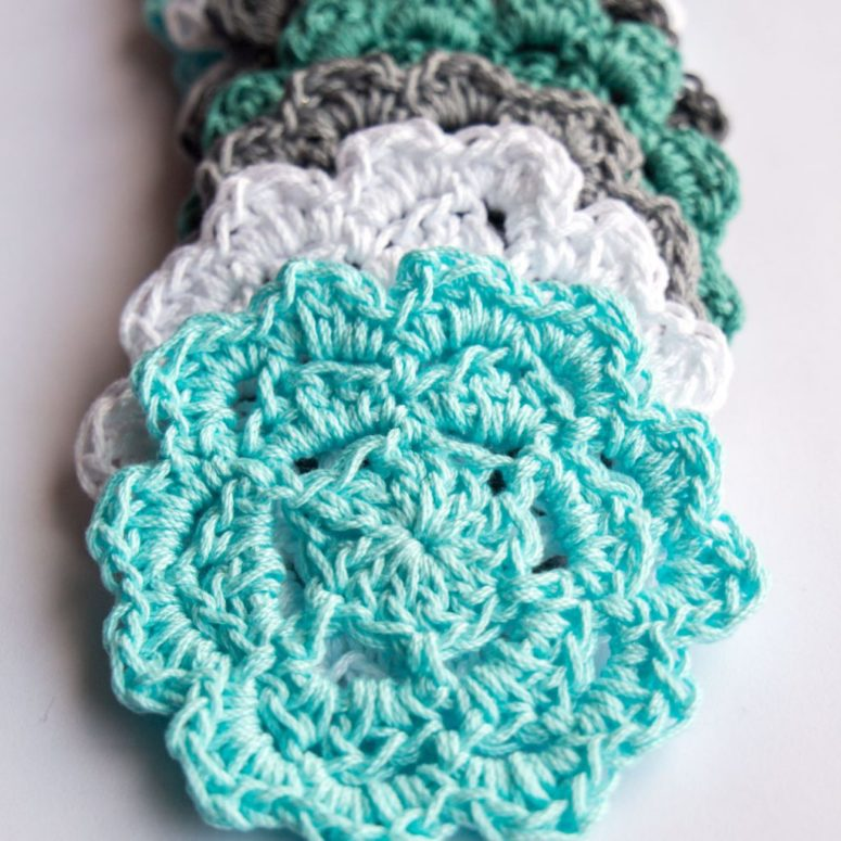 DIY coastal crochet coasters (via https:)