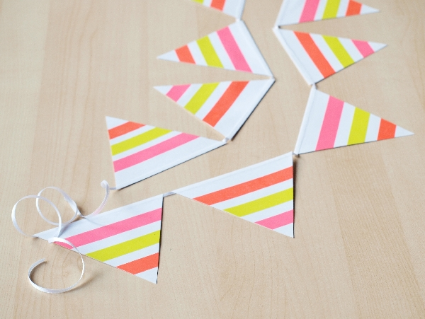 DIY neon washi tape garland (via momentstolivefor.com)