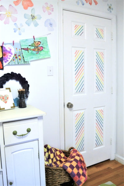 DIY washi tape door decor (via www.burlapandblue.com)