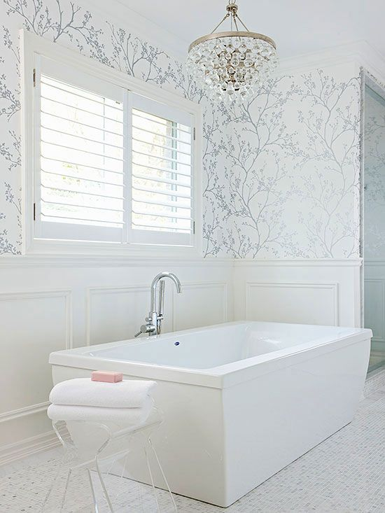 15 ways to rock glam chandeliers in bathrooms shelterness for Gray bathroom wallpaper