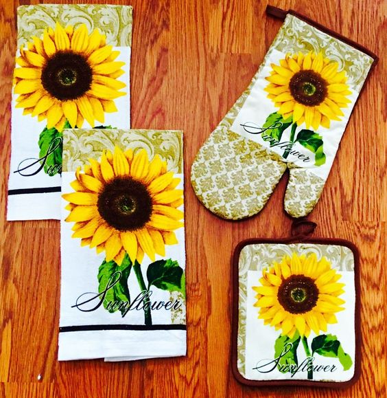 a set of kitchen towels and mitts is amazing for bright kitchens