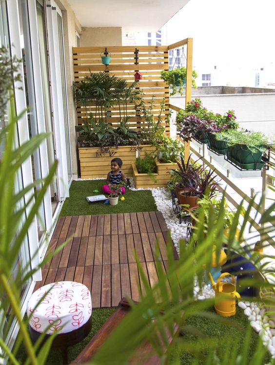15 Balcony Planter Ideas To Save Some Space - Shelterness