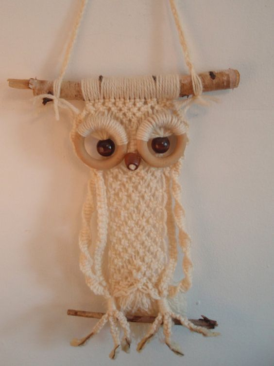 such a yarn and branch owl decoration can be hung in any room
