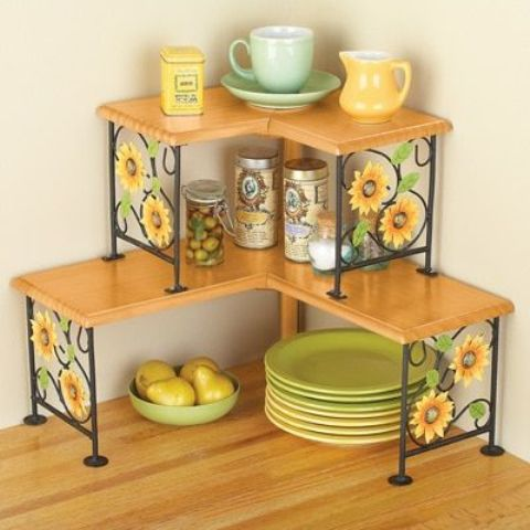 two-tiered sunflower corner shelves can be DIYed