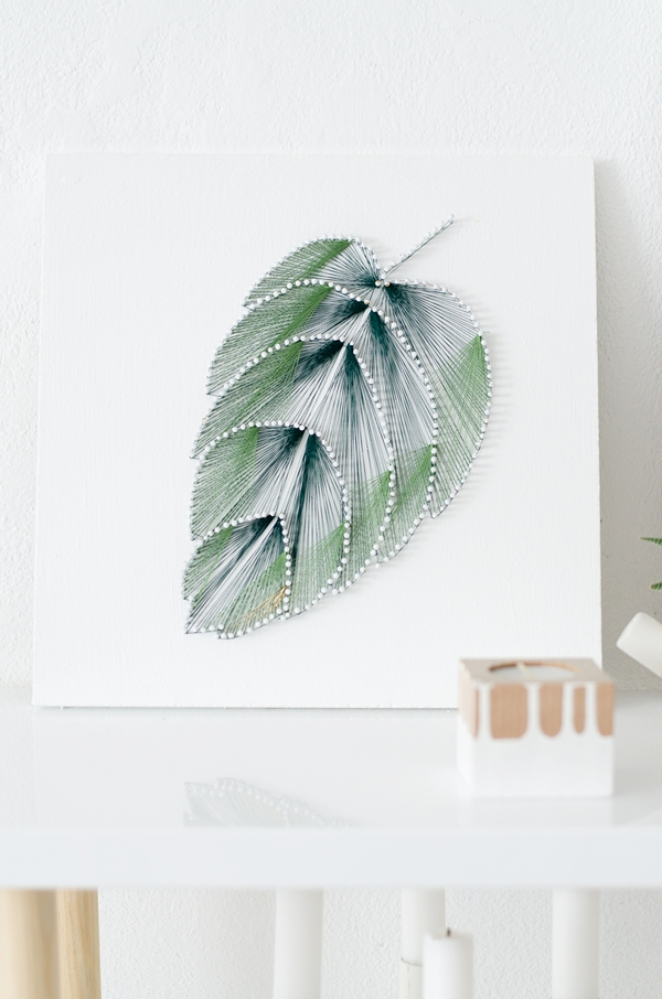 Vintage DIY ombre tropical leaf string art via sinnenrausch blogspot ru