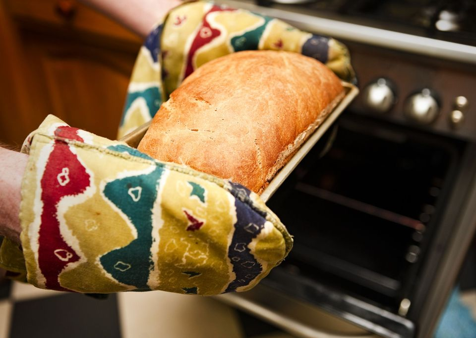 DIY quilted oven mitt