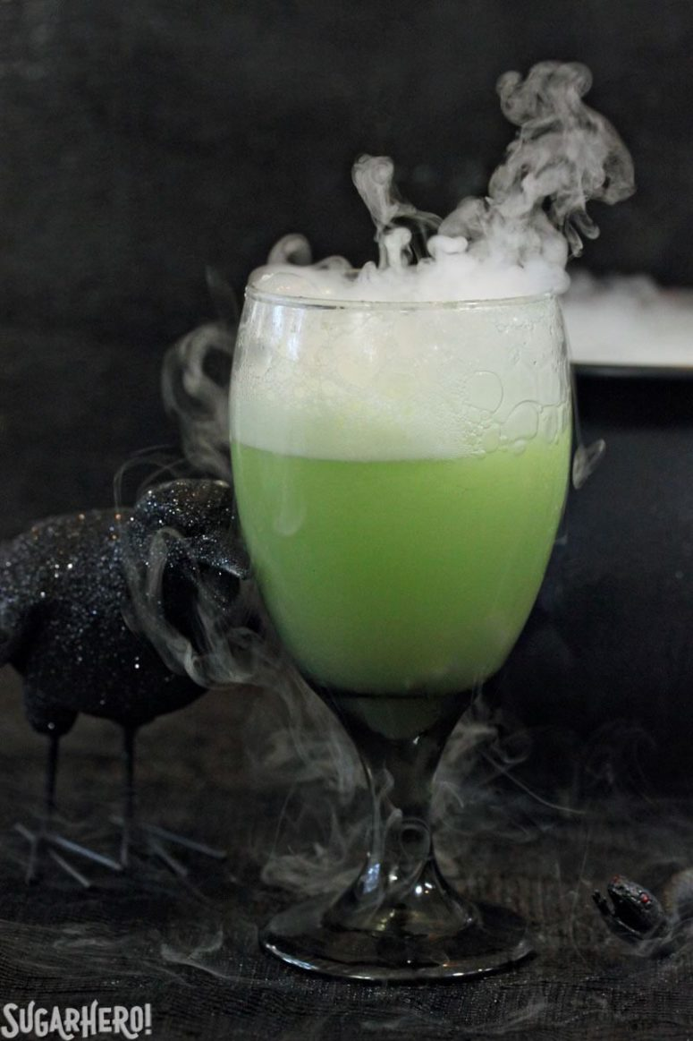DIY witches' brew Halloween punch (via https:)