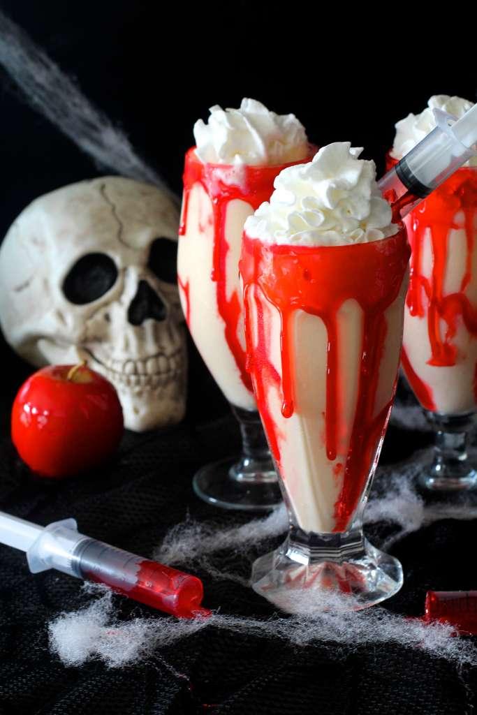 DIY vampire apple pie milkshakes (via https:)