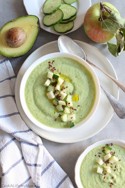 DIY avocado and cucumber soup (via cookalifebymaevaen.blogspot.ru)