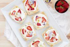 DIY floral strawberry tarts