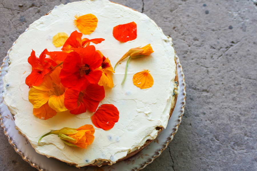 DIY passion fruit cake with flowers