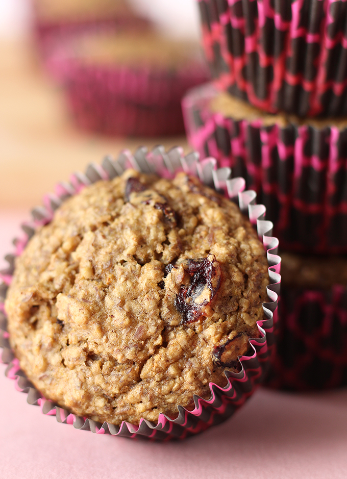 DIY vegan cranberry flax muffins (via sweetlikecocoa.com)
