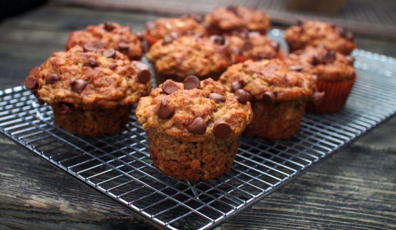 DIY banana muffins (via www.sneakymommies.com)