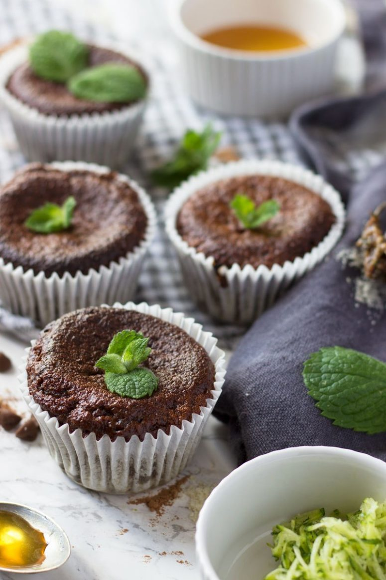 DIY chocolate mint muffins without flour (via properfoodie.com)