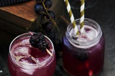 DIY spooky Halloween grapes punch