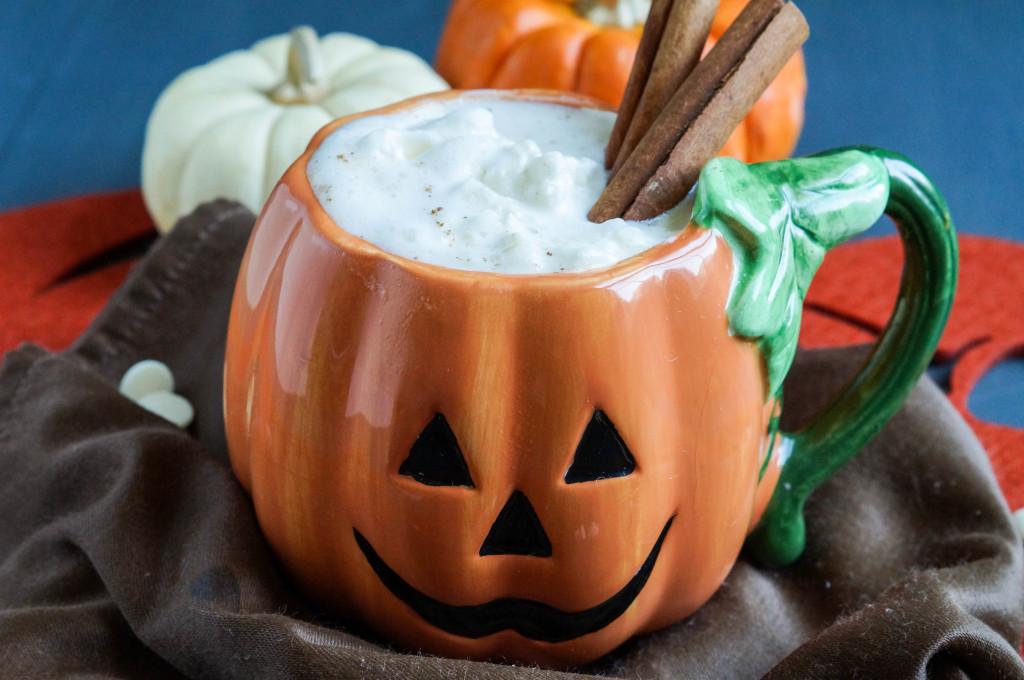 DIY pumpkin spice white hot chocolate