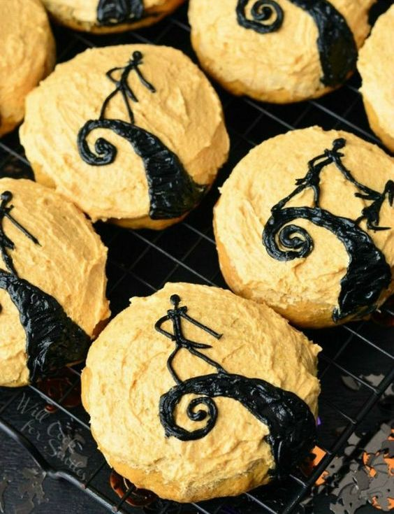 Nightmare Before Christmas cookies for a stylish Burton themed Halloween party