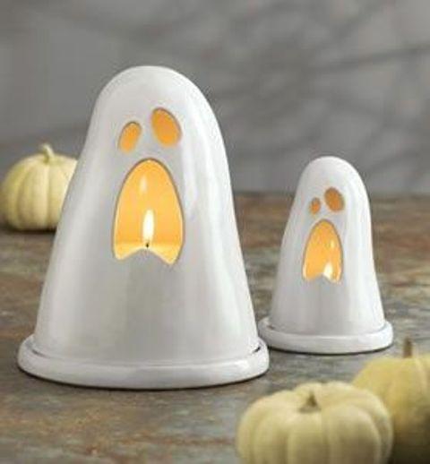 15 Elegant White Halloween Decor Ideas To Try