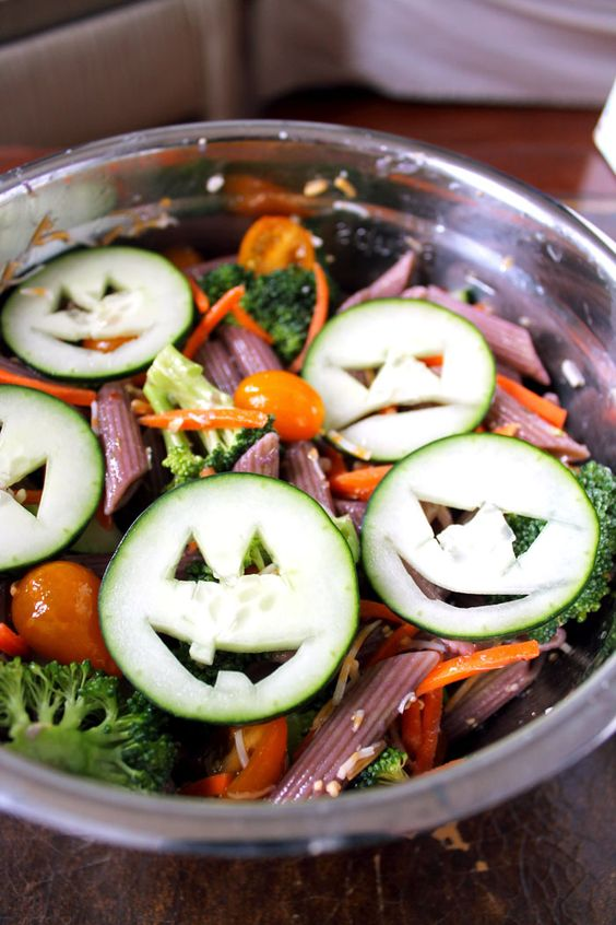 healthy Halloween pasta salad will make your kids eat it with pleasure even if they don't like veggies