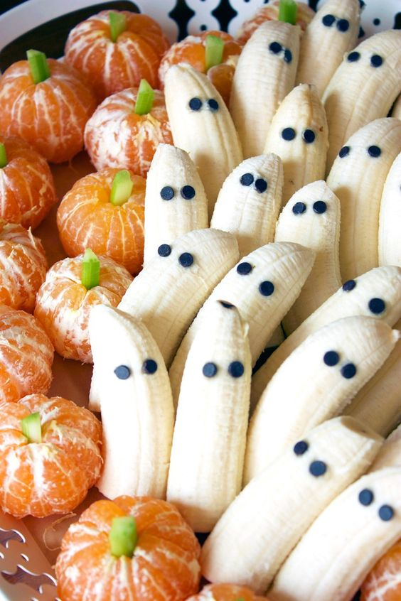 tangerine pumpkins and banana ghosts will be a cute and healthy sweet idea for Halloween