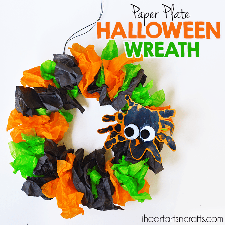 DIY Halloween paper plate wreath (via www.iheartartsncrafts.com)