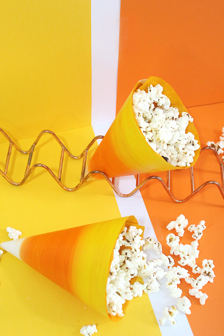 DIY popcorn paper corns (via thecraftables.com)