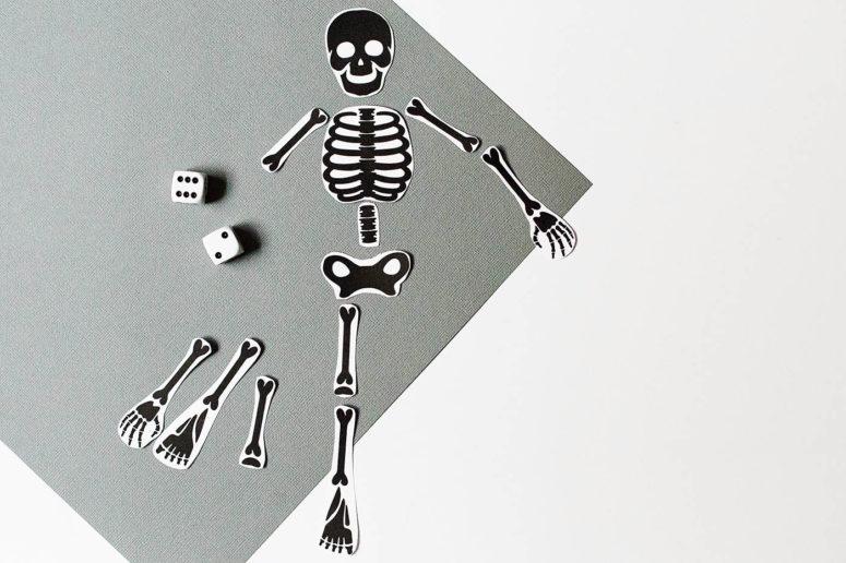 DIY free printable skeleton games (via https:)