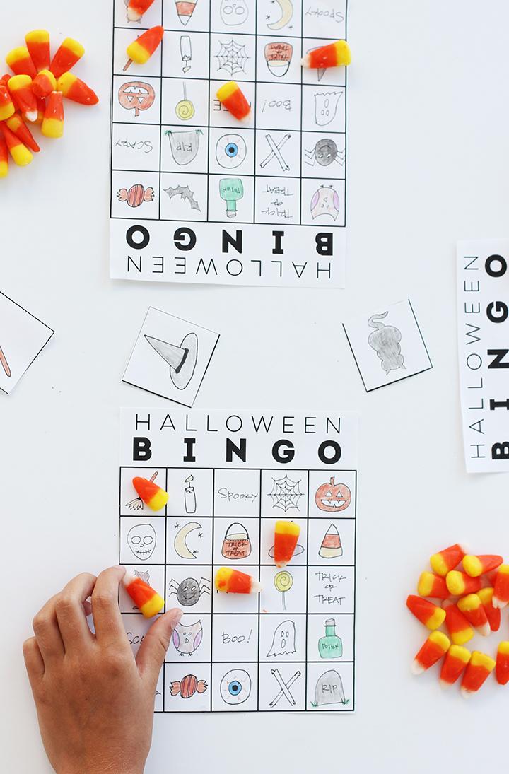 DIY Halloween bingo game (via www.aliceandlois.com)