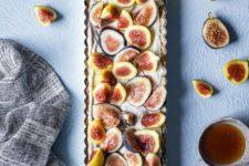 DIY cardamom fig tart with honey