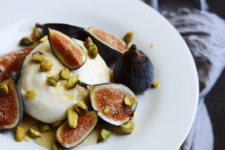 DIY burrata with figs, honey and pistachios