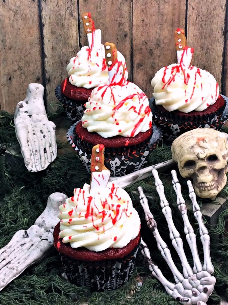 DIY bloody cupcakes