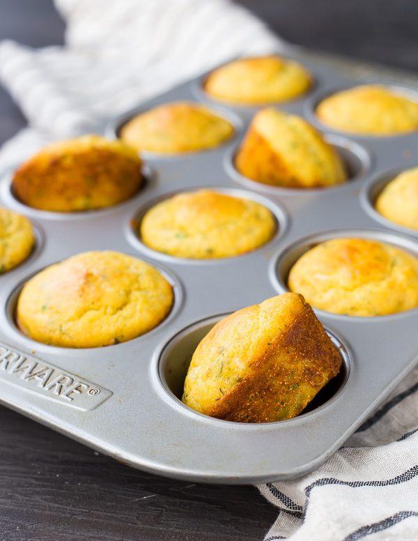 DIY cornbread muffins (via www.rachelcooks.com)