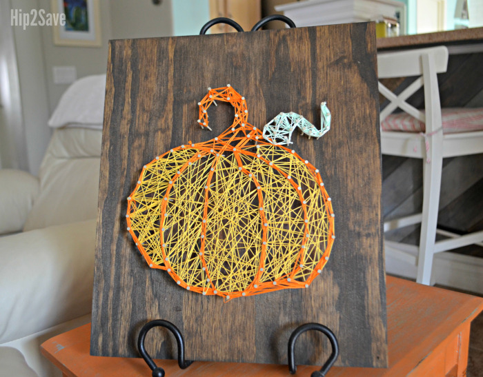 DIY dimensional-looking pumpkin string art (via hip2save.com)