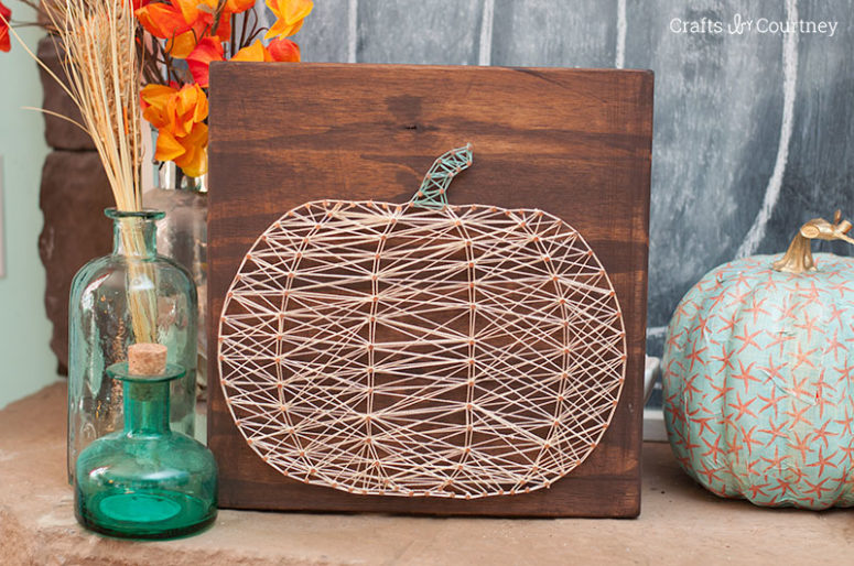 DIY neutral pumpkin art  (via www.craftsbycourtney.com)